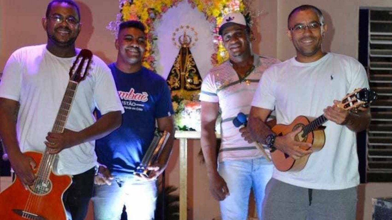 [Dia Nacional do Samba: Banda de samba católico invade terra do sertanejo]